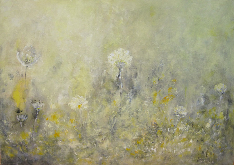 פרחים במונוכרום צהוב