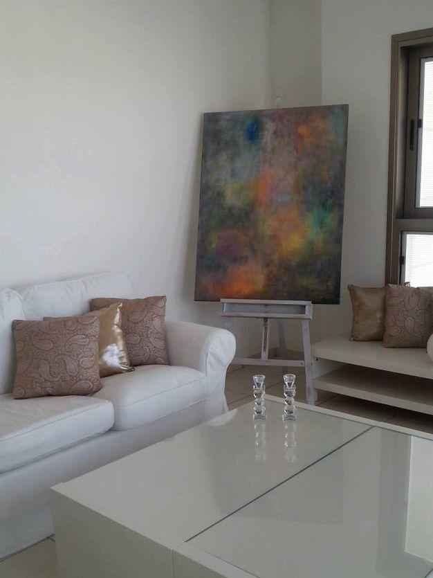 """הדפס של הציור """"חורף"""" בדירת פנטהאוס בראשל""""צ"""